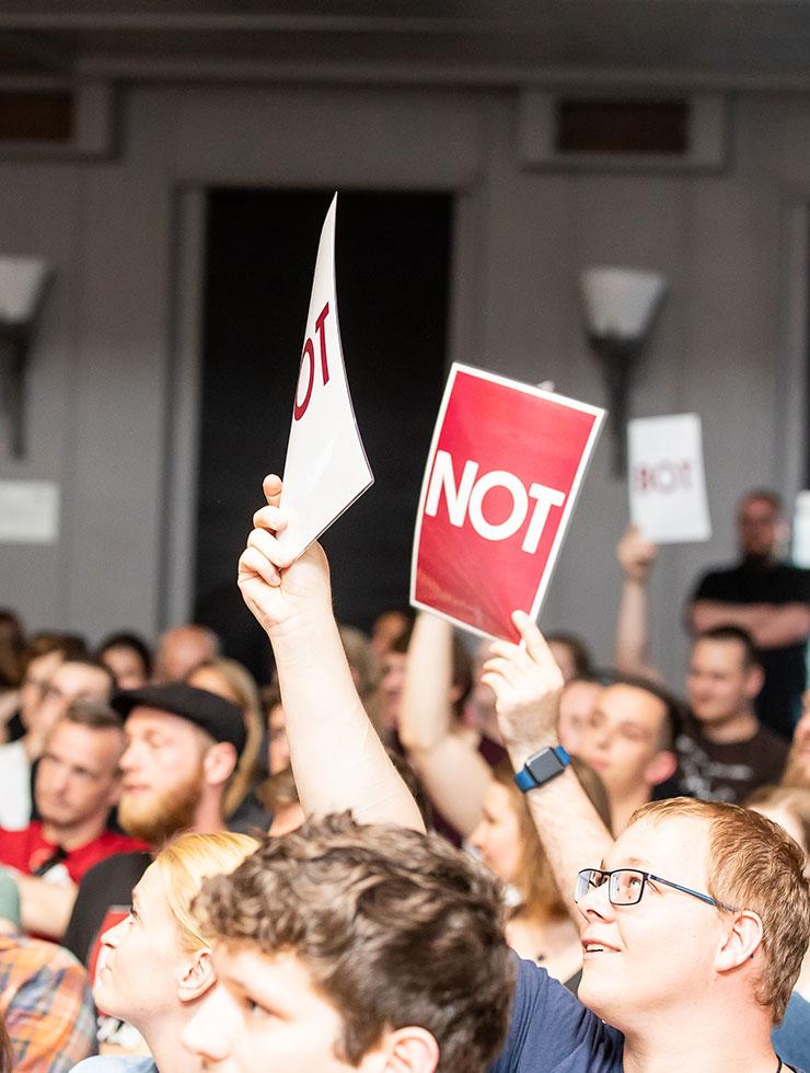 Bot or Not – Poetry Slammer treten gegen KI an